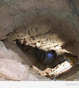 Krubera_cave_2