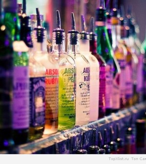 alcohol-bar-colors-drinks-Favim.com-203492