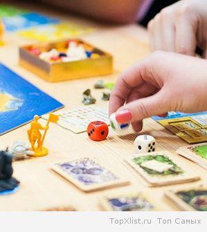 Деткам и взрослым - каждому своя игра