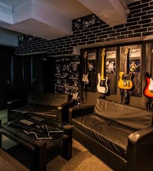 Как сделать комнату рок-звезды?